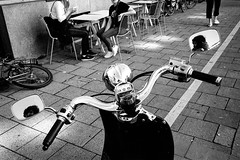 untitled-2.jpg (Lucio.Fulci) Tags: people monotone portrait candidportrait rom streetphoto ilfordhp5 street grittystreetphotography streetportrait streetphotography candidstreet streetcandid highcontrast film europe fromthehip pushed leicam7 contrast leica monochrome summicron city candid straingers bw provoke blackandwhite analog urbanlife