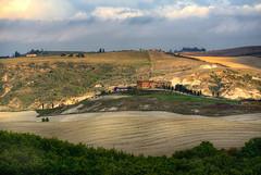 Tuscany19 #5 ( on Explore ) (Roberto Defilippi) Tags: 2019 402019 rodeos robertodefilippi tmpanelv5 tonalitymask gobefilters handheld tuscany toscana italy italia journey landscape