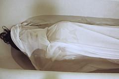 (Nynewe) Tags: ofelia ophelia dead death virginia woolf virginiawoolf sylviaplath poetic underwater bathtube nynewe michaelaknizova slovak melancholy melancholic melancholia sadness bipolar disorder bipolardisorder pain