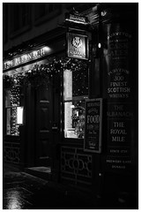 The Albanach, Royal Mile, Edinburgh (S.R.Murphy) Tags: edinburgh fujifilmxf35mmf2 night nov2019 urban urbanlandscape fujifilmxt2 nightphotography socialdocumentary streetphotography bw bnw blackandwhite monochrome acros thealbanach