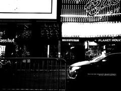 Where the taxi should be. (mitsushiro-nakagawa) Tags: nakagawa artist ny interview photograph picture how take write novel display art future designfesta kawamura memorial dic museum fineart 新宿 manhattan usa london uk paris アンチノック milan italy lumix g3 fujifilm mothinlilac mil gfx50r bw mono chiba japan exhibition flickr youpic gallery camera collage subway street publishing mitsushiro ミラノ イタリア カメラ 写真 構図 ニコン nikon coolpix クールピクス ベニス ユーロスター eurostar シャッター shutter photo 千葉 日本