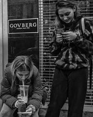 Chestnut Street, 2018 (Alan Barr) Tags: philadelphia 2018 chestnutstreet phones street sp streetphotography streetphoto blackandwhite bw blackwhite candid city color people panasonic gx9