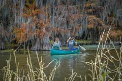 Team Work (Aliparis) Tags: red fall canoe couple nikond500