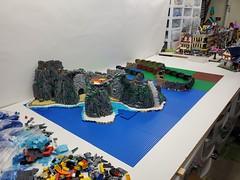 Lego Castle Build WIP 1st Video Update!🏰⤵️⤵️ https://m.youtube.com/watch?v=nDfby_2o9qY Still working on a design...any suggestions on concept? More photos here: https://www.instagram.com/lego.scape.sculp (ben_pitchford) Tags: legolegobuildlegobrickslegoideaslegomocmedievalartmedievalcastlecastledilapidatedbricknetwork allartlegomodularkingdomslegotownlegovillage