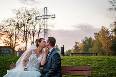 Karolina i Radek (Tymcio Piotr) Tags: giżycko wedding ślub bride groom cross