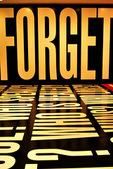 Don't you forget about me (Anselmo Portes) Tags: unitedstates theunitedstatesofamerica washingtondc dc museum forget letters typology letras tipologia
