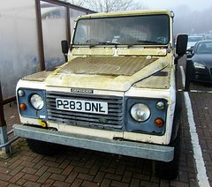 ~a very mouldy '97 Land Rover Defender (John(cardwellpix)) Tags: 97 land rover defender 110 guildford surrey 6886