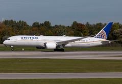 N15969 United B789 (twomphotos) Tags: plane spotting eddm muc rwy26r united boeing b789 dreamliner