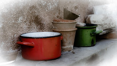 Lets prepare some diner (vale0065) Tags: groen green oranje orange pot pan cookingpot cooking coock kookpot kok koken kitchen keuken abandoned verlaten slovenia slovenië