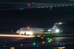 N943SW - United Express (Skywest) - Bombardier CRJ-200 (John Klos) Tags: 7762 a6400 beacon cl6002b19 crj200er crj2 crj200 california canadair ilce6400 johnklos klax lax losangeles losangelesintlairport n943sw skw skywest sony sonya6400 sonyfe70300mmf4556goss unitedexpress aircraft aircraftspotting airline airplane airplanespotting aviation jet longexposure night noflash spotting winglets unitedstatesofamerica