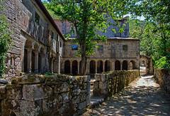 Claustro del monasterio de Santa Cristina de Ribas de Sil, Parada de Sil (Ourense) (Miguelanxo57) Tags: arquitectura monasterio claustro renacentista sigloxvi ribeirasacra paradadesil ourense galicia