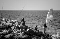 (Cindy en Israel) Tags: pescadores cañasdepescar mar mediterráneo vela deporte pesca rocas piedras blackandwhite blancoynegro monocromo monochrome hombres personas horizonte agua nahariya israel robados cándidas candids 4 6