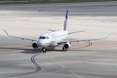 United Express (Mesa Airlines) Embraer 175 N86316 KIAH 20OCT19 (FelipeGR90) Tags: embraer175 georgebushintercontinental houstonintercontinental regionaljet republicairlines republicairways superspatula unitedexpress brickyard ejets e175 erj175 htx houston iah kiah n728yx rpa yx texas unitedstatesofamerica