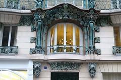 Architectural details - Art Nouveau building in Paris 10th (Sokleine) Tags: belleépoque artnouveau architecturedetails détails details building immeuble paris 75010 iledefrance france frenchheritage