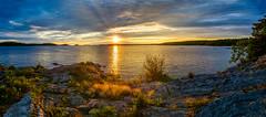 Final Rays Pano (David Hamments) Tags: killbearprovincialpark sunset 30000islands georgianbay panorama crepuscularrays fantasticnature flickrunitedaward