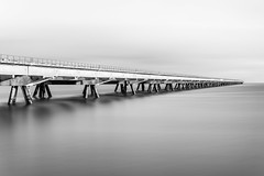 WHV II (Heinz Wille) Tags: wilhelmshaven nordsee ammeer leicasl 50mm langzeitbelichtung expo longtimeexposure nd4000 12stopps bulb bulbmode monochrome schwarzweiss leica