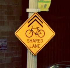 Noncompliant shared lane signage - Tacoma,  Washington (joshua_putnam) Tags: mutcdfail mutcd bike cycling infrastructure hazard sharrow sharedlane