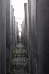 Denkmal für der Ermordeten Juden Europas (RIch-ART In PIXELS) Tags: denkmalfürderermordetenjudeneuropas berlin deutschland germany nikon concrete pavement light city town holocausmonument
