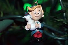 Christmas 2019 043 (Chrisser) Tags: christmas decorations decoration ornaments ornament ontario canada canoneosrebelt6i canonefs60mmf28macrousmprimelens specialholidays lens00025 digital
