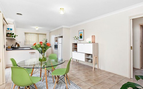 4/30 Hugh Mckay Crescent, Dunlop ACT 2615