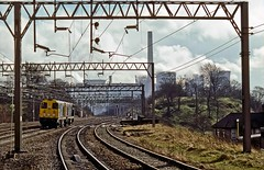 Rugeley Trent Valley, February 1989 (David Rostance) Tags: rugeley powerstation coolingtowers staffordshire industry englishelectric class20 20021 20106
