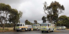 Line up (adelaidefire) Tags: sa sacfs cfs south australian country fire service mawson bw11 isuzu moore engineering kangarilla 34 hino a34 fraser rescue clarendon 34p 14