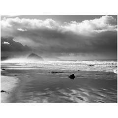 (tahitihut) Tags: california stormclouds seascape blackandwhite
