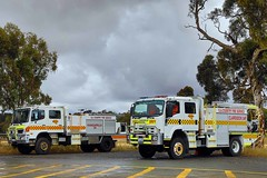 SACFS | Kangarilla 34 and Clarendon 34P (adelaidefire) Tags: sa sacfs cfs south australian country fire service kangarilla 34 hino moore engineering clarendon 34p isuzu fraser rescue