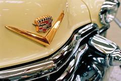 1955 Cadillac Eldorado (mkk707) Tags: film 35mmfilm analog nikonf5 afsnikkor35mm118g kodakportra400 wwwmeinfilmlabde vintagefilmcamera technikmuseum speyer vintagecar oldtimer chrome