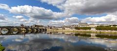 Blois - France (Wim Boon Fotografie) Tags: frankrijk france loire summer leefilternd09softgrad reflections canoneos5dmarkiii canonef1635mmf4lisusm