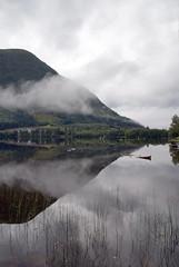 Vatn arv -|- Lake heritage (erlingsi) Tags: vatn rotevatnet volda lake reflection cloud skyer sunnmøre robåt fjell mountain