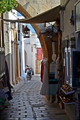 narrow alleys :) (green_lover (your COMMENTS are welcome!)) Tags: street alley shops lindos rhodes greece town architecture vanishingpoint