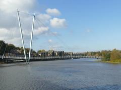 Lancaster - Millenium Bridge looking West 191030 (maljoe) Tags: lancaster river rivers riverlune rnblune bridge bridges millenniumbridge cmwdblue