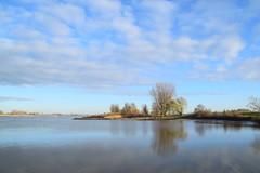 De rivier (frans63) Tags: lek river rivier reflections reflectie sky lucht clouds wolken