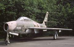 F-84F Belgium (Rob Schleiffert) Tags: f84 thunderstreak f84f belgianairforce belgischeluchtmacht brustem sttruiden fu36