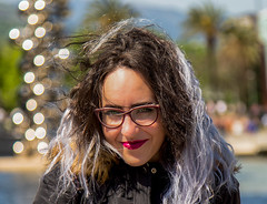 A girl portrait in Bilbao / Spain 2019 (zilverbat.) Tags: portrait people zilverbat bilbao spanje fashion hair spain dof image bokeh portret mode peopleinthecity portretfotografie soul girl glasses montuur monture woman spanish face lipcare