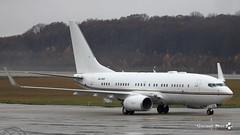 Boeing B737-7Z5(BBJ), Royal Jet, A6-DAS (maxguenat) Tags: lsgg gva avion airplane aircraft atterrissage