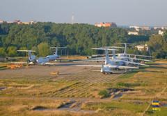 Tu-154 & Il-76 Boryspil (Кевін Бієтри) Tags: tu154 il76 boryspil il ilyushin ilyushinil76 kbp ukbb kyiv kyivboryspil borispol kievborispol ukraine ukraïna ukrainianaircraft ua storage cemetery nikond3200 nikon d3200 d32 d32d kevinbiétry kevin spotterbietry kb plane flugzeug aereo tupolev tupolevtu154