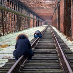 """Grève du rail ?  Tout le temps de se """"fer"""" un rail 📷 (Katell Ar Gow) Tags: pourpre pontdupo rails pont cosnesurloire pontmétalique cosnessurloire pontmétallique"""
