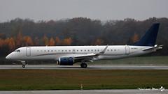 Embraer Lineage 1000, Air X, 9H-NYC (maxguenat) Tags: lsgg gva avion airplane aircraft atterrissage