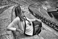 Verone (Didier Mouchet) Tags: christine italie vérone nikond5300 nikon noiretblanc blackandwhite bw bianconero arenes didiermouchet d5300 bestportraitsaoi portrait charme architecture histoire