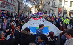 lse climate strike banner (Sean Wallis) Tags: london climate demo demonstration solidarity pay pensions uss march protest casualisation insecurity climatecrisis