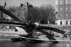 19-12_T2CF7821-Edit (Jacek P.) Tags: poland polska kraków kładka footbridge cienie shadow blackwhite monochrome bw