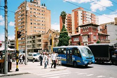 (Eric Jan Zen) Tags: yashica t5 bogotá colombia street