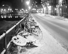 Front end (Tony Bokeh Larsson) Tags: bauschlomb rectilinear extrarapid 4x5 film winter snow largeformat grain city urban sheet szabad sweden