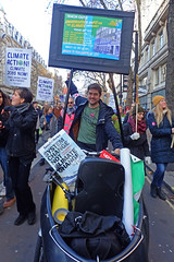 james on bike (Sean Wallis) Tags: london climate demo demonstration solidarity pay pensions uss march protest casualisation insecurity climatecrisis