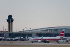 "N915NN 2013 Boeing 737-823 ""TWA Heritage"" American (SamCom) Tags: n915nn 2013 boeing 737823 twaheritage american b738"