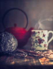 It's time to knit (Ro Cafe) Tags: stilllife vintagelens pentacon50mmf18 darkmood naturallight tea cupoftea teapot wool steam homely athome sonya7iii textured