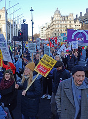 demo arriving (Sean Wallis) Tags: climate strike demo march solidarity ucu uss protest london