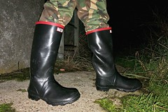 Argyll (essex_mud_explorer) Tags: wellies wellingtons wellington rubber boots wellingtonboots welly rubberboots gummistiefel gumboots rainboots argyll madeinbritain camotrousers camo camouflage trousers